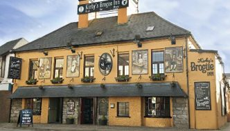 Kirby's Brogue Inn Celebrate 40 Years 'At the Bottom of the Rock'